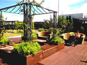 Roof garden seating